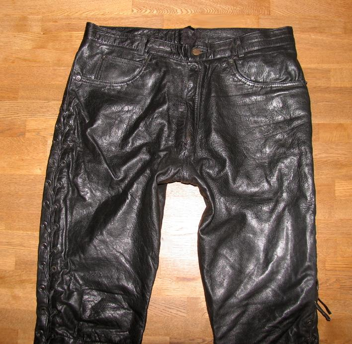 herren schn r lederjeans biker lederhose in schwarz. Black Bedroom Furniture Sets. Home Design Ideas