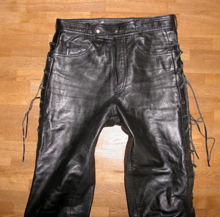 fette herren schn r lederjeans biker lederhose in schwarz. Black Bedroom Furniture Sets. Home Design Ideas